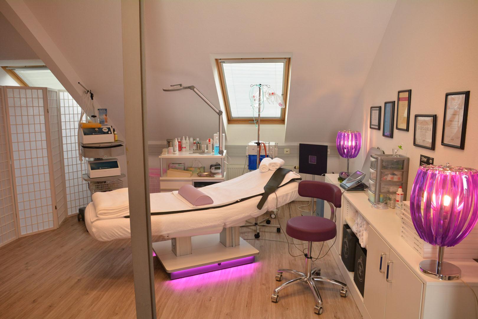 Behandlungsraum #1 Barbara Koenig Beauty Meerbusch